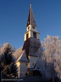 Iglesia de Rovaniemi en invierno en Laponia finlandesa