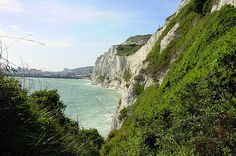 The White Cliffs of Dover. | 28 Incredibly Beautiful Places In The U.K. To Visit