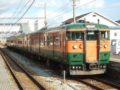 岡山の117系改造中間車3500番台組込み編成では最後まで残った非体質改善車K01編成。