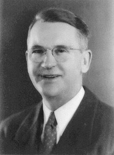 President Jay Stuart Macmanus 1929-1930  Mr. MacManus is a native of Moline, Illinois, where he was born June 27, 1891. He received his education in the grade schools and high schools of Rock Island, Illinois. San Antonio has been his home since 1922. He came here from Mason City, Iowa.