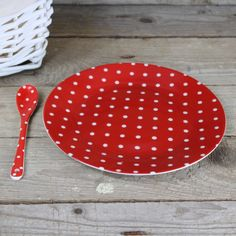 Porcelánový talíř s puntíky 19 cm