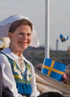 Queen Silvia Renate, Germany  Silvia Renate Sommerlath was born in Heidelberg, Germany, in 1943. Early on she moved with her family to her mother's native country of Brazil, where they lived until their return to Germany in 1957. In 1972, Sommerlath, who knows seven languages including Swedish sign language, met the Swedish Crown Prince Carl Gustav while working at the winter Olympics in Munich. Four years later Sommerlath and the Swedish Crown Prince were married, making Silvia Queen.