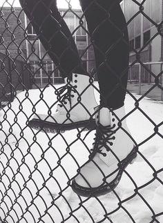 Dr martens #drmartens #snow #grunge #fashion