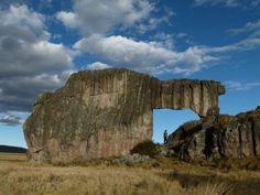 """""""La Alpaca"""" una de las asombrosas figuras pétreas del Bosque de Piedra de Huayllay - Pasco, PERU"""
