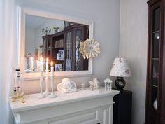 VillaTuta: Paperitähti.. Mirror, Furniture, Home Decor, Decoration Home, Room Decor, Mirrors, Home Furnishings, Home Interior Design, Home Decoration