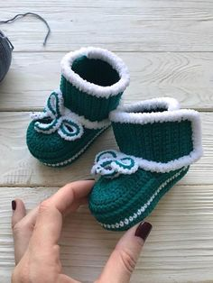 Green Crochet baby booties Baby handmade shoes Soft sole baby