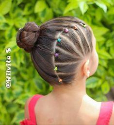 Peinado,nena,niña,colitas,gomitas,banditas,trenzas,hair,girl,tail,braid