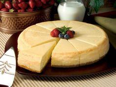 Libérate de culpas y disfruta este delicioso y cremoso cheesecake bajo en calorías. ¡Prepáralo hoy mismo!