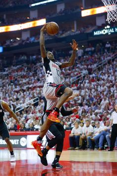 Houston Rockets guard Lou Williams (12) shoots during the first half of Game 3 of the second round of the Western Conference NBA playoffs at the Toyota Center, Sunday, May 7, 2017, in Houston. ( Karen Warren / Houston Chronicle ) Photo: Karen Warren/Houston Chronicle