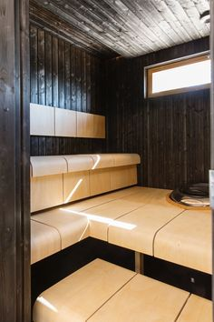 kuva Saunas, Sauna Steam Room, Sauna Design, Master Bath Shower, Finnish Sauna, Spa Rooms, Steam Showers, Relax, Stairs
