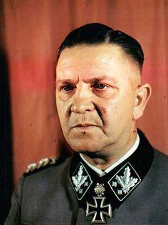 "SS-Gruppenf. U. Gen.Lt. W-ss Theodor Eicke. Kdr. SS-Div. ""Totenkopf"". RK. 26.12.1941. EL (88) 20.4.1942. + 26.2.1943 cerca de Orel (Rusia)."