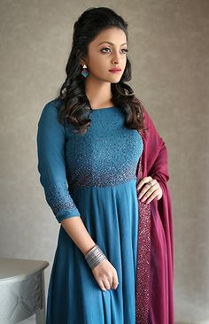 We are very much aware of changing fashion trends and we keep that in our designing. Indian Fashion Dresses, Frock Fashion, Dress Indian Style, Indian Designer Outfits, Indian Gowns, Designer Party Wear Dresses, Kurti Designs Party Wear, Designer Wear, Churidhar Designs