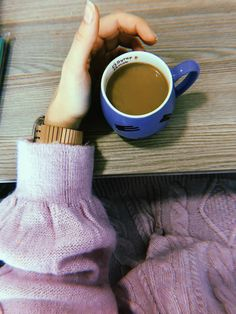 Cozy Aesthetic, Teenage Girl Photography, Story Instagram, Coffee Time, Photo Galleries, Girly, My Favorite Things, Pictures, Food Items