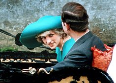 Simple and subtle: Diana bought her first pearl necklace at the age of 19 and wore them frequently in the run up to her wedding and after. Here, on a gondola trip in Venice in she paired them with a turquoise tartan coat by the Emanuels Princess Diana Family, Princes Diana, Princess Of Wales, Charles And Diana, Prince Charles, Diana Memorial, Royal Life, Royal Uk, Lady Diana Spencer