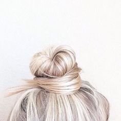 Weekend = on, topknot = in!  Friday night hair mood.  Anyone else?  All this look needs is a #HelloHair mask . #topknotsforlife #bunlove #weekendhaircrush #imagesourceunknown