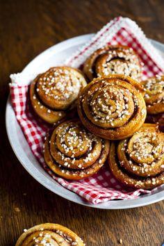 Swedish Cinnamon Buns   DonalSkehan.com