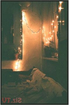 beautiful bedroom cozy grunge hipster indie light romantic room sy vintage roman… #hipsterhomedecor #beautiful #Bedroom #cozy #Grunge #hipster #hipsterhomedecorindie #Indie #light #roman #Romantic #Room #Vintage
