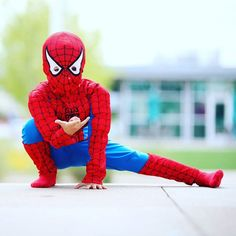 I love when a child dresses up. Let them be little.... let them imagine that they are super heroes and let me capture it.  #tararubyphotography #elpaso #elpasophotographer #savannah #savannahphotographer #child #childphotography #bumpsociety #napcp #spiderman