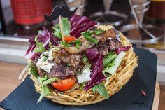 Arte con comida del Street Food en Gerona #food #foodporn #patatas #potatoes #chips #streetfood #street #girona #hungry #eat #timetoeat