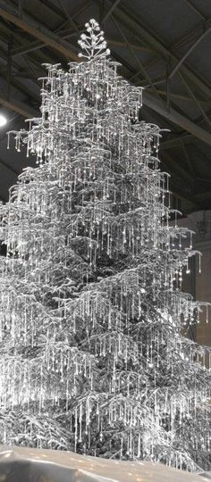 Swarovski-Crystal-Tree.jpg (349×800)