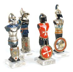 A SET OF FOUR 925 SILVER SOLDIERS 20th century  Enamel decorations Lot 211