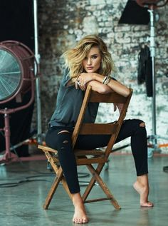 ROSIE HUNTINGTON-WHITELEY WOWS IN PAIGE DENIM'S FALL 2015 ADS