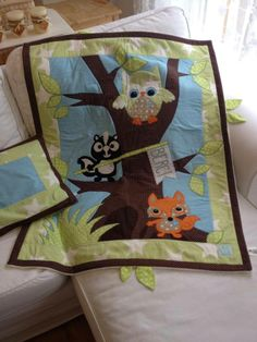 baby quilt blanket wit fox, owl and badger 80x100cm with pillow 100% cotton, back side polar fleece, Love Colors by Julianna Rencés Kovács https://www.facebook.com/LoveColorsByJuliannaRencesKovacs