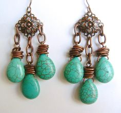 Capture the allure of the southwest with these South By Southwest Drop Earrings. Medallions in antique copper create the perfect support for colorful turquoise briolette beads in these drop earrings. Make this southwestern-inspired project today!
