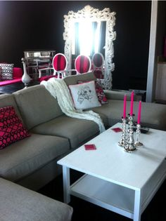 glam living room <3 love these candles!