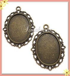 4 Scalloped Edge Brass Plated Cameo or Cabochon by sugabeads, $2.50
