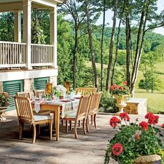 The 2015 Charlottesville Idea House: The Dining Terrace