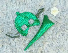 PJ de bebé o niño pequeño tamaños máscaras por TheLilyBirdBoutique