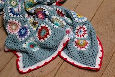 My Rose Valley: My Circle In Square Crochet Blanket - VOILA!