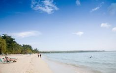 Seven glorious miles! Just pick your spot and enjoy. #VisitJamaica