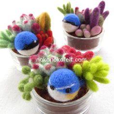 おはようございます! 今日の羊毛フェルト作品は「多肉植物と日本三大青い鳥」 多肉ファン垂涎の作品(笑) http://nokonokofelt.com #のこのこ #まんまることり #羊毛フェルト #多肉植物 #鳥 #bird #青い鳥