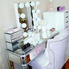 Makeup Forever Hd Concealer Rather Makeup How To - - makeup. - Make-up forever Hd concealer Rather make-up how to – – makeup. – Make-up - Make Up Palette, Vanity Room, Vanity Set, Vanity Ideas, Makeup Storage, Makeup Organization, Concealer, Glam Room, Room Planner