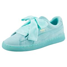 The Suede Heart Reset is a unique take on the famous PUMA Suede, featuring a bow-like lacing system. Features Suede upper Padded collar and tongue for maximum comfort Rubber outsole Pack includes a second fat woven bow lacing Puma Suede, Shoe Basket, Baskets, Sock Shoes, Shoe Boots, Women's Shoes, Style Feminin, Cute Sneakers, Stylish Clothes