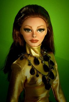 Sophia Loren Doll another good example of the fashion keys  for cappy
