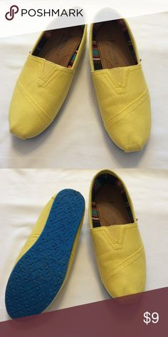 Yellow canvas shoes Yellow canvas shoes• women's size 7• yellow bottoms• worn once Reminisce Shoes Flats & Loafers