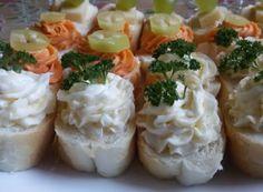 Domácí LUČINA   NejRecept.cz Tortilla Wraps, Mayonnaise, Snack Recipes, Snacks, Tzatziki, Baked Potato, Sushi, Vegetarian, Cheese