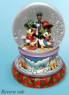 Disney Jim Shore Fab Five caroling snowglobe