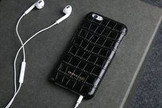 You can get them in several colors of your choice and make your iPhone look more fashionable at the same time.