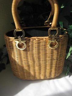 iDigVintage.com - Vintage Salvatorre Ferragamo Tan Wicker Tote Bag