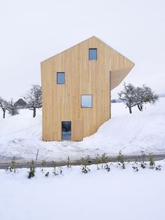 House for Two Families in Maracon/LOCALARCHITECTURE
