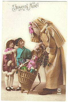 Santa brings Dolls. Very attractive Postcard from app. 1910