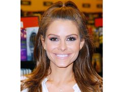 Maria Menounos signature look is the epitome of a daytime-appropriate smoky eye