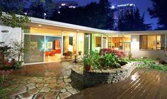 L.A. Living (© Alphonso Lascano) http://realestate.msn.com/midcentury-modern-marvels#9