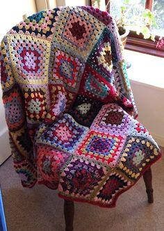 Handmade Vintage Style Granny Squares Crochet Blanket - multi coloured - NEW