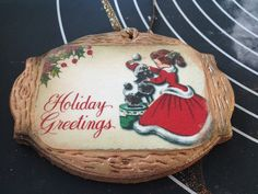 Como todos los años, nuestro árbol de Navidad se decora con galletas y turrones. Sobre todo porque queda cuquísimo, además del olor que d...