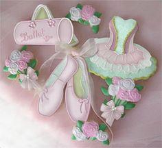 Ballet cookies- love the tutu (ballerina cookies) Edible Cookies, Galletas Cookies, Iced Cookies, Sugar Cookies, Cookies Et Biscuits, Cookies For Kids, Fancy Cookies, Cookie Frosting, Royal Icing Cookies